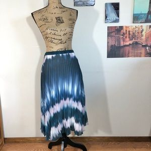 Jaeger blue ombré tie dye pleated skirt, Sz. 8